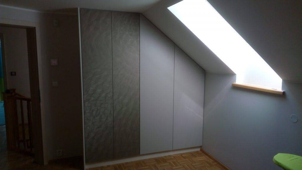 Novák Nábytek - Vestavěné skříně 17